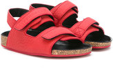 Burberry strapped sandals - kids - Leather/rubber - 33
