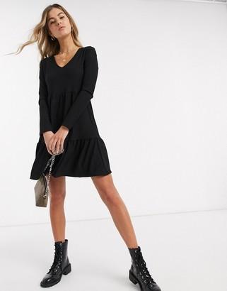 New Look crinkle long sleeve smock dress in black
