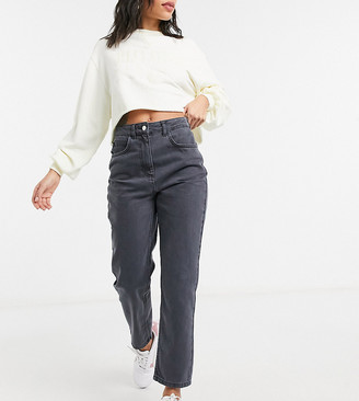 Reclaimed Vintage inspired The '91 recycled mom jean in super washed black