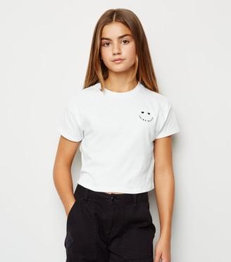 New Look Girls Think Happy Smile Slogan T-Shirt