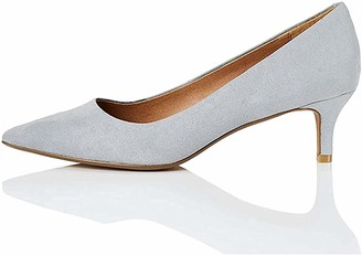 Find. Connie-s2c1-court Women's Closed Toe Toe Heels