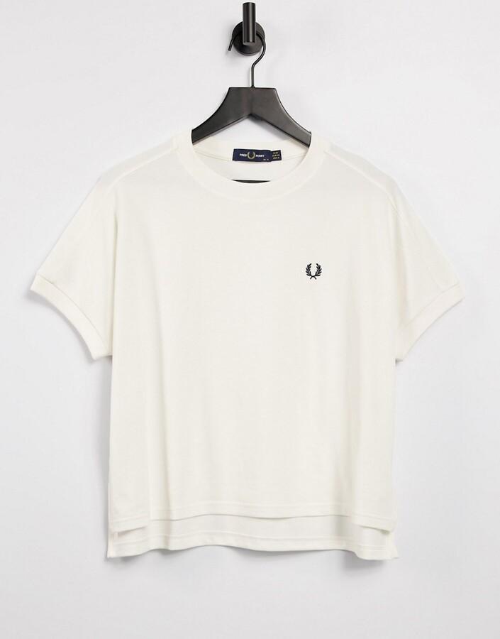 crew neck tshirt in white