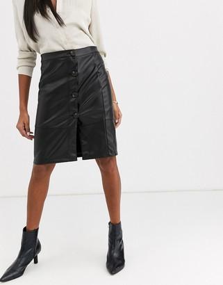 Vila leather look midi skirt in black