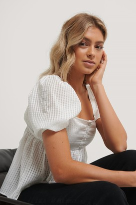 NA-KD Structured Check Puff Blouse