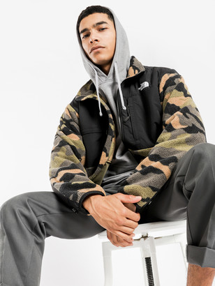 The North Face 95 Retro Denali Jacket in Camouflage