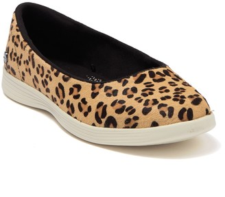 Skechers On the GO Dreamy - Leopard Sneaker