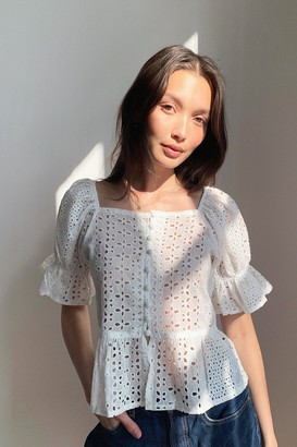 Nasty Gal Womens Frill Cute Though Broderie Anglaise Crop Top - White - 14