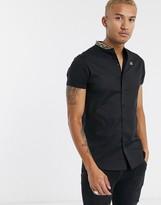 SikSilk short sleeve shirt with tape grandad collar in black