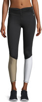 Body Language Sportswear The Calle Scrunchy Colorblocked Capri Performance Leggings