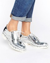 Eeight E8 by MIISTA Freja Flower Metallic Lace Up Flat Shoes