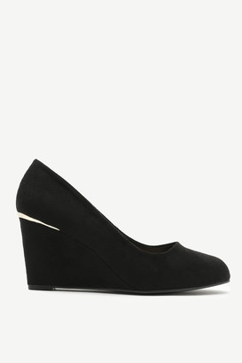 Ardene Faux Suede Wedge Pumps