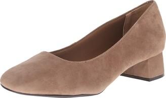 Trotters Women's LOLA Shoe