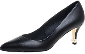 Chanel Black Leather CC Cap Toe Pearl Embellished Heel Pumps Size 38