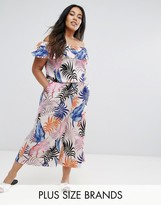 New Look Plus New Look Curve Palm Print Ruffle Culotte Jumpsuit