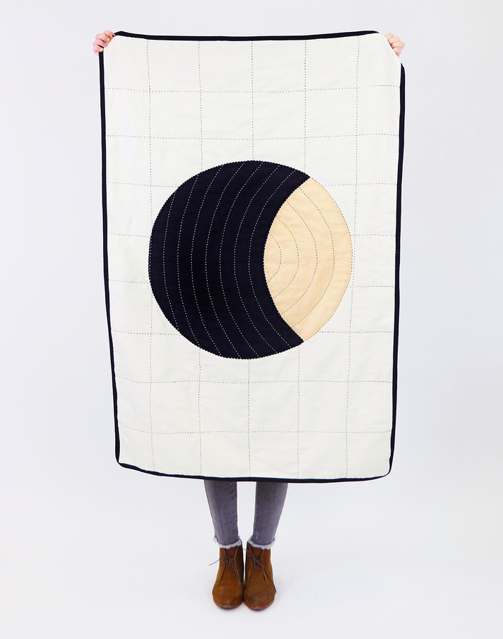 Anchal Organic Cotton Small Crescent Throw Blanket