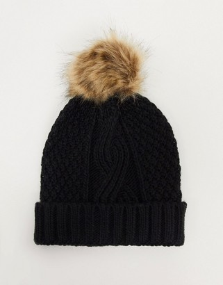 Boardmans darby cable knit hat with pom pom in black