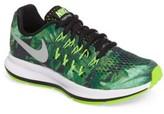 Nike Boy's Pegasus 33 Print Running Shoe