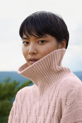 Mansur Gavriel Cashmere Oversized Cable Knit Turtleneck - Rosa