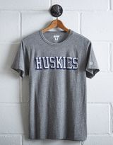 Tailgate Men's Connecticut Huskies T-Shirt