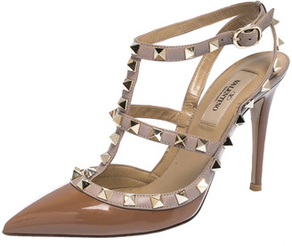 Valentino Brown/Beige Patent And Leather Rockstud Pointed Toe Sandals Size 36