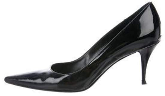 Burberry Patent Leather Pointed-Toe Pumps Black Patent Leather Pointed-Toe Pumps