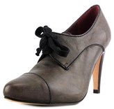 Henry Cuir 2612a Pointed Toe Leather Bootie.