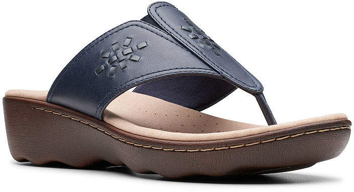 0c9754eb90eec Clarks Women Flip Sandal - ShopStyle