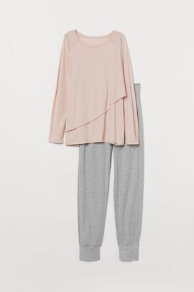 H&M MAMA Nursing Pajamas