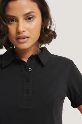 NA-KD Pique Collar Buttoned Top