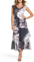Komarov Women's Floral V-Neck A-Line Dress