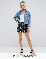 New Look Petite Dark Floral Shorts