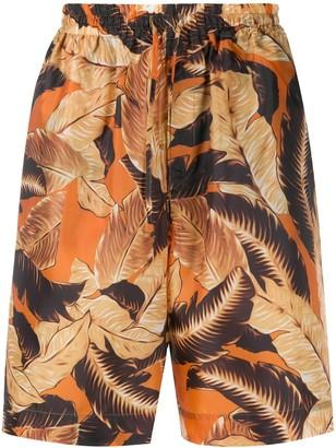 Cmmn Swdn Leaf Print Deck Shorts
