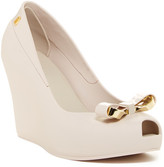 MELISSA FOOTWEAR Queen Wedge II Pump