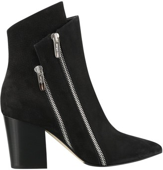 Sergio Rossi Zip Detailed Ankle Boots