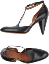 Celine Pumps