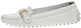 Louis Vuitton White Patent Leather Oxford Loafers Size 40