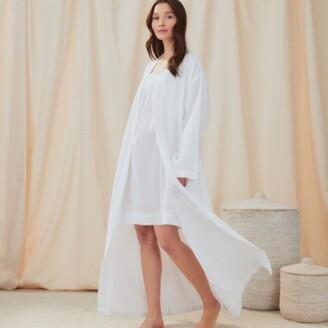 The White Company Cotton Micro Waffle Robe, White, Medium
