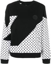 Versus contrast panel patterned jumper