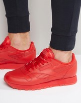 Reebok Classic Leather Solid Trainers In Red Bd1323