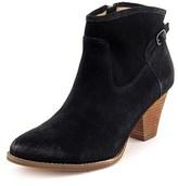 Splendid Rebekah Women Round Toe Suede Ankle Boot.