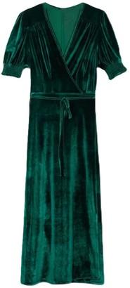 Goodnight Macaroon 'Fiona' V-Neck Velvet Tied Maxi Dress