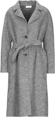 AMY LYNN Coats