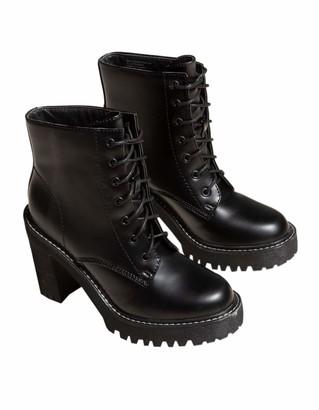 Madden-Girl Women's Archiee Fashion Boot