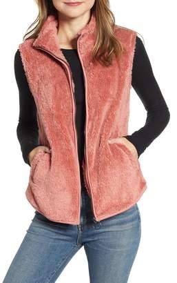 Bobeau Cozy Fleece Zip Vest