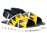 Marni cross strap sandals - kids - Calf Leather/Leather/Patent Leather/rubber - 27