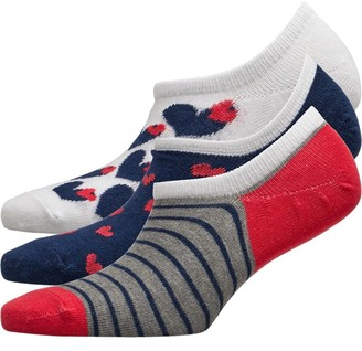 Lovestruck Womens Three Pack High Cut Footsie Socks Big Heart White