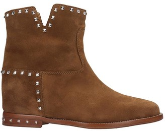 Via Roma 15 Low Heels Ankle Boots In Leather Color Suede