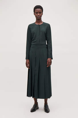 Cos PLEATED SKIRT WITH D-RING BELT