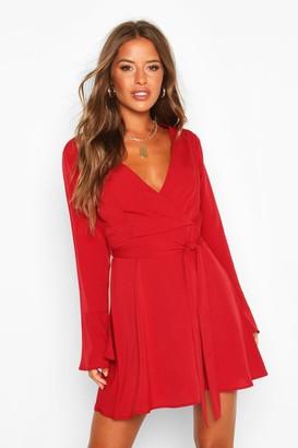 boohoo Petite Woven Long Sleeve Belted Wrap Dress