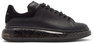 Alexander McQueen Exaggerated Sole Speckled-leather Trainers - Black